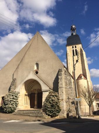 Vinneuf, église Saint-georges, art roman, art gothique, patrimoine, bourgogne